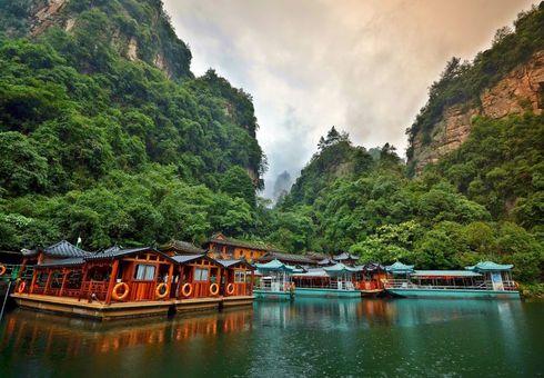 Hồ Bảo Phong, Trung Quốc